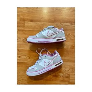 NIKE Air Force One's Size 10